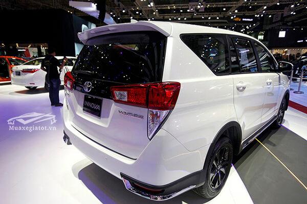 hong-duoi-xe-toyota-innova-2020-v-muabantoyota-com-vn-5