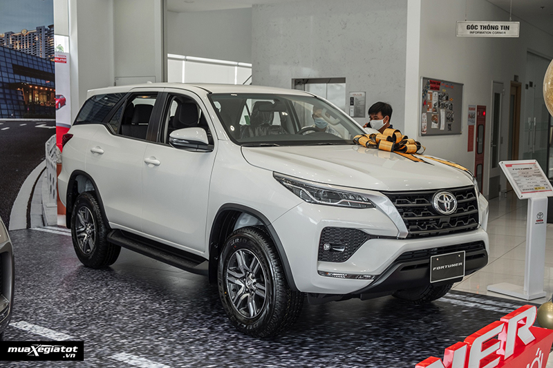 danh-gia-xe-toyota-fortuner-may-dau-so-san-2021-muaxegiatot-vn